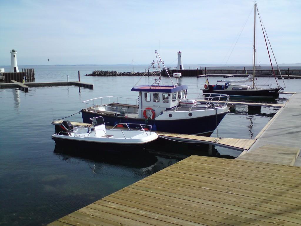 Tauchboot Hafen Mommark